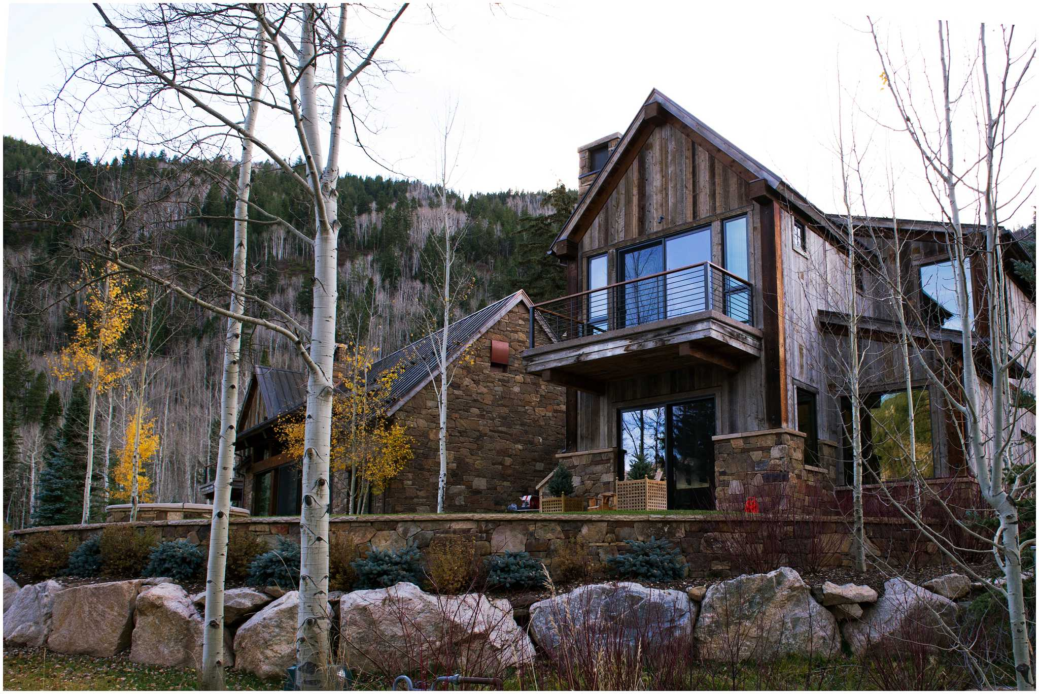 A Beautiful Mountain Modern Home Outside Aspen, CO.